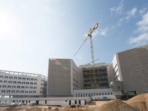Artist's rendering of new hospital in Ashdod (Credit: Oded Karni)