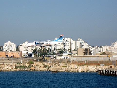 The domestic Sde Dov Airport will be closed soon (Credit: Ori/Wikimedia)