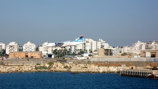 The domestic Sde Dov Airport will be closed soon (Credit: Ori/Wikimedia)