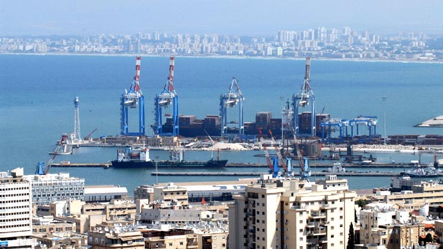 Haifa as hub for cargo (Credit: Moshe Milner, GPO)