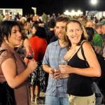 Socialising at the Jerusalem Wine Festival  (Credit: Mark Neyman, GPO)