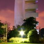 Weizmann_accelerator_By Niv from Tel Aviv, Israel - weizmann accelerator, CC BY-SA 2.0,
